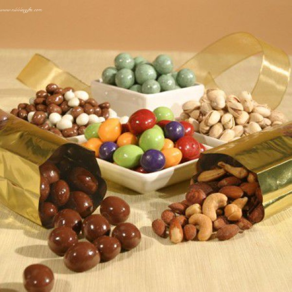 Chocolate and Nut Gift 5227