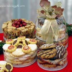 Stacked Towers of Bakery Gift 6108