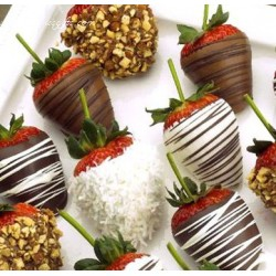 TOPPED CHOCOLATE COVERED STRAWBERRIES