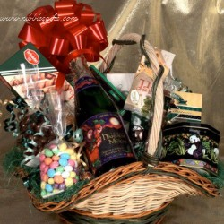 Food & Fun Holiday Gift Basket 6221
